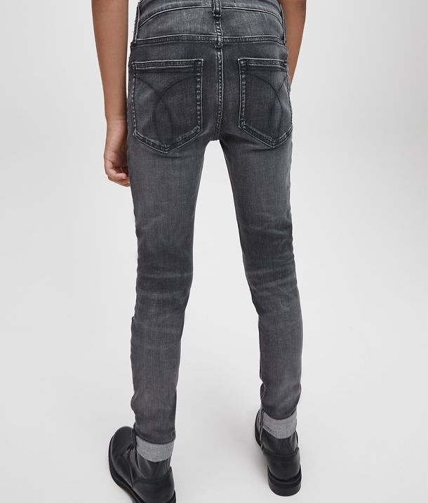 CK Kids Category_Module 4_CKJ_B_Jeans_Desktop_EN_2x